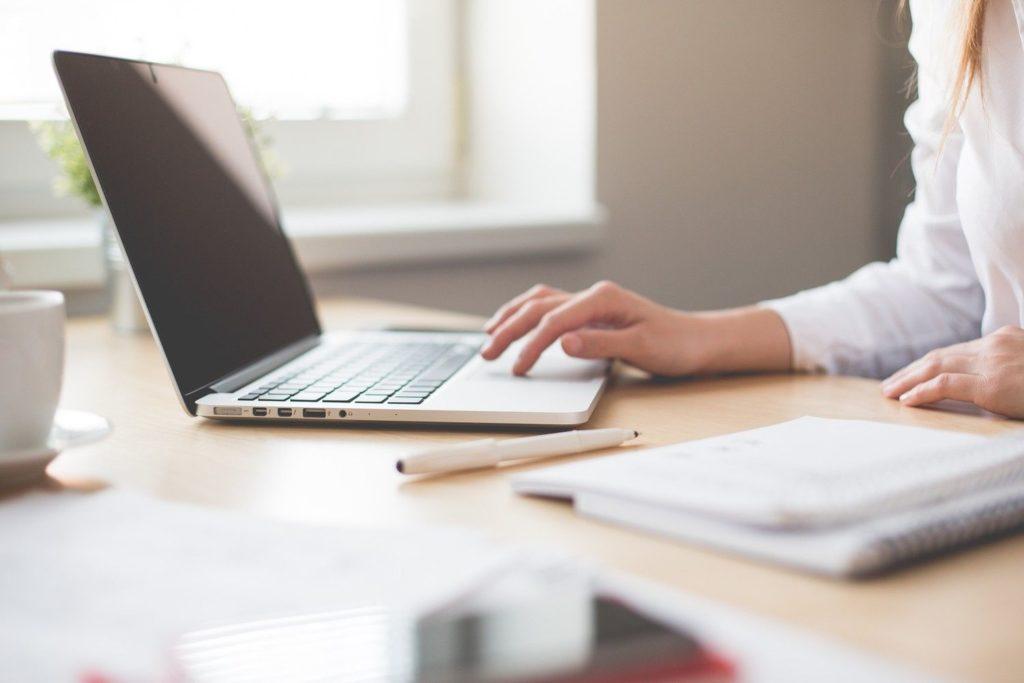 Psycholog online – czy warto?